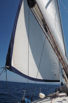 Izabela under sail
